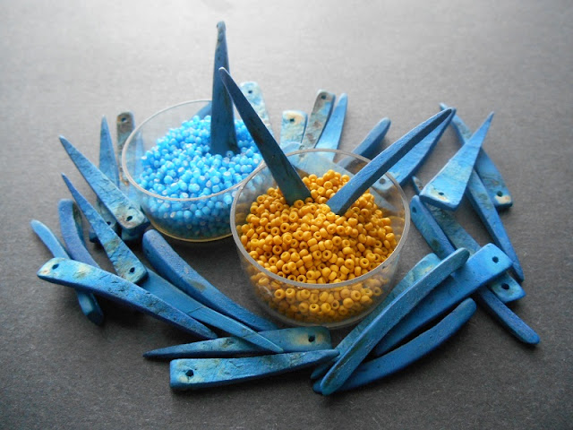 Golden Urchin Bead Color Idea