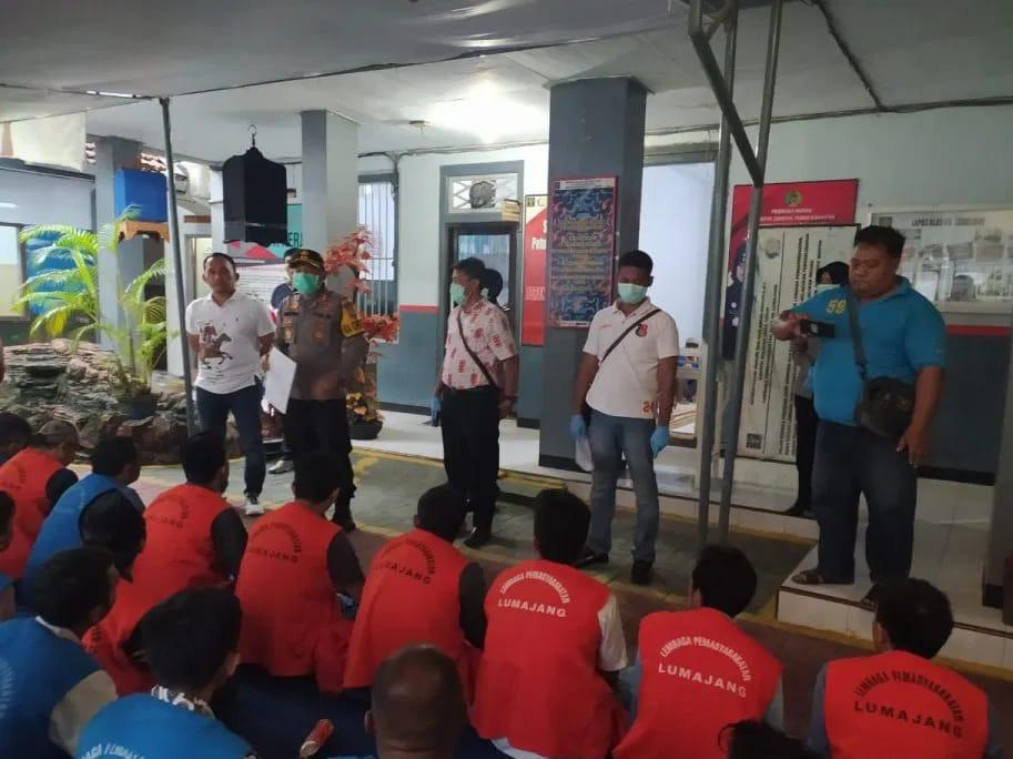 Asimilasi 44 Narapidana Warga Binaan Lapas ll B Lumajang Hirup Udara Bebas