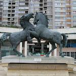 Les forces vives par Charles Correia, chevaux en bronze, 1983