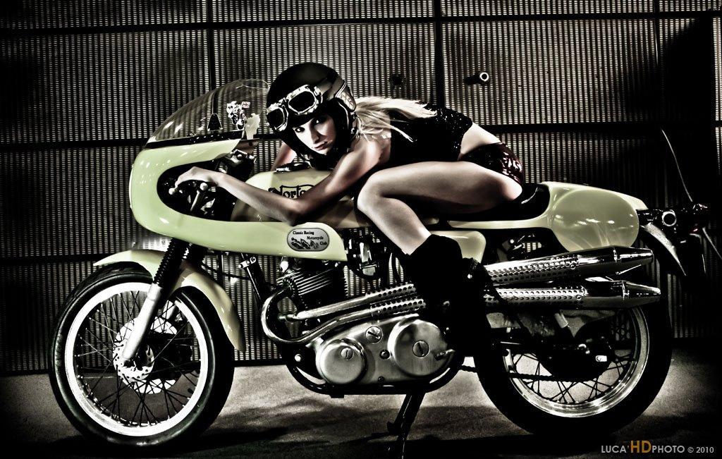 girl on a cafe racer ~ return of the cafe racers