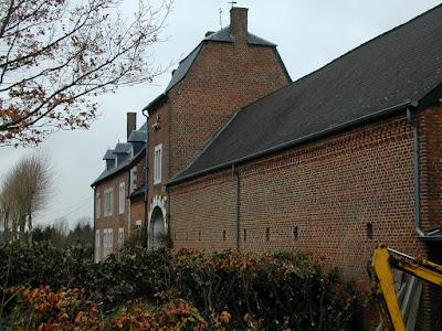 Nieuwerkerken: Kasteel van Nieuwerkerken - Gebouwd in 1734 (deel in 1648).