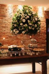 Album (digital) de fotos de Pistache | Botafogo. Fotografias digitais da Carla Flores, que faz decoração floral em eventos sociais e corporativos usando as mais lindas flores. Faz bouquet (buquê) de noiva, decoração de casamento, decoração de festas, decoração de 15 anos, arranjos de mesa, decoração de salão de festa, locação de mobiliário, decoração de igreja, arranjos de casamento e decoração dos mais lindos eventos. Atua em Niterói, Rio de Janeiro (RJ).