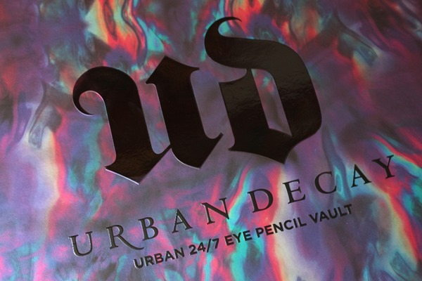UrbanDecay247EyePencilVault12