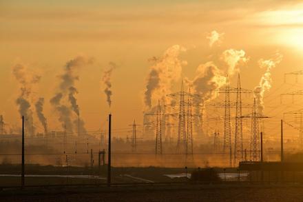 Η ατμοσφαιρική ρύπανση συνδέεται με σοβαρές ψυχικές ασθένειες σύμφωνα με νέα έρευνα