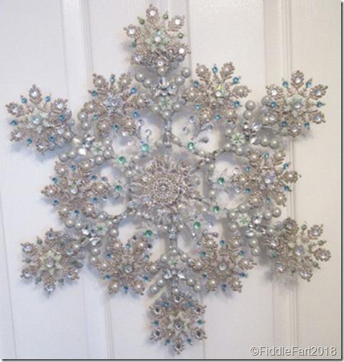 jewelled snowflake wreath 5