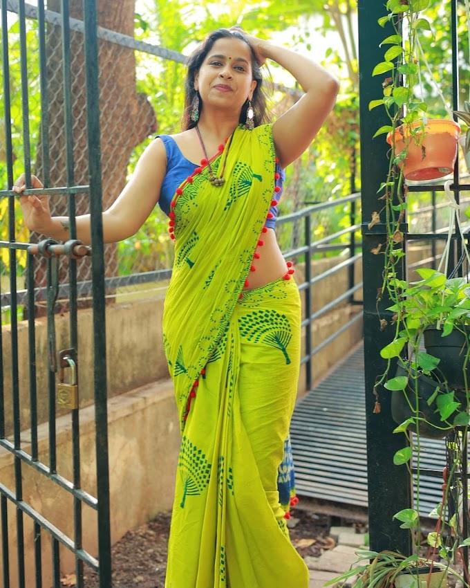 Sadhika Venugopal Green Print Saree Stills