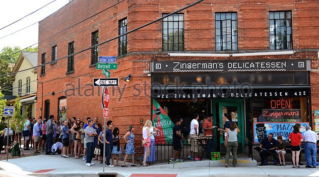 [customers-wait-to-enter-zingermans-delicatessen-e64h51%5B4%5D]