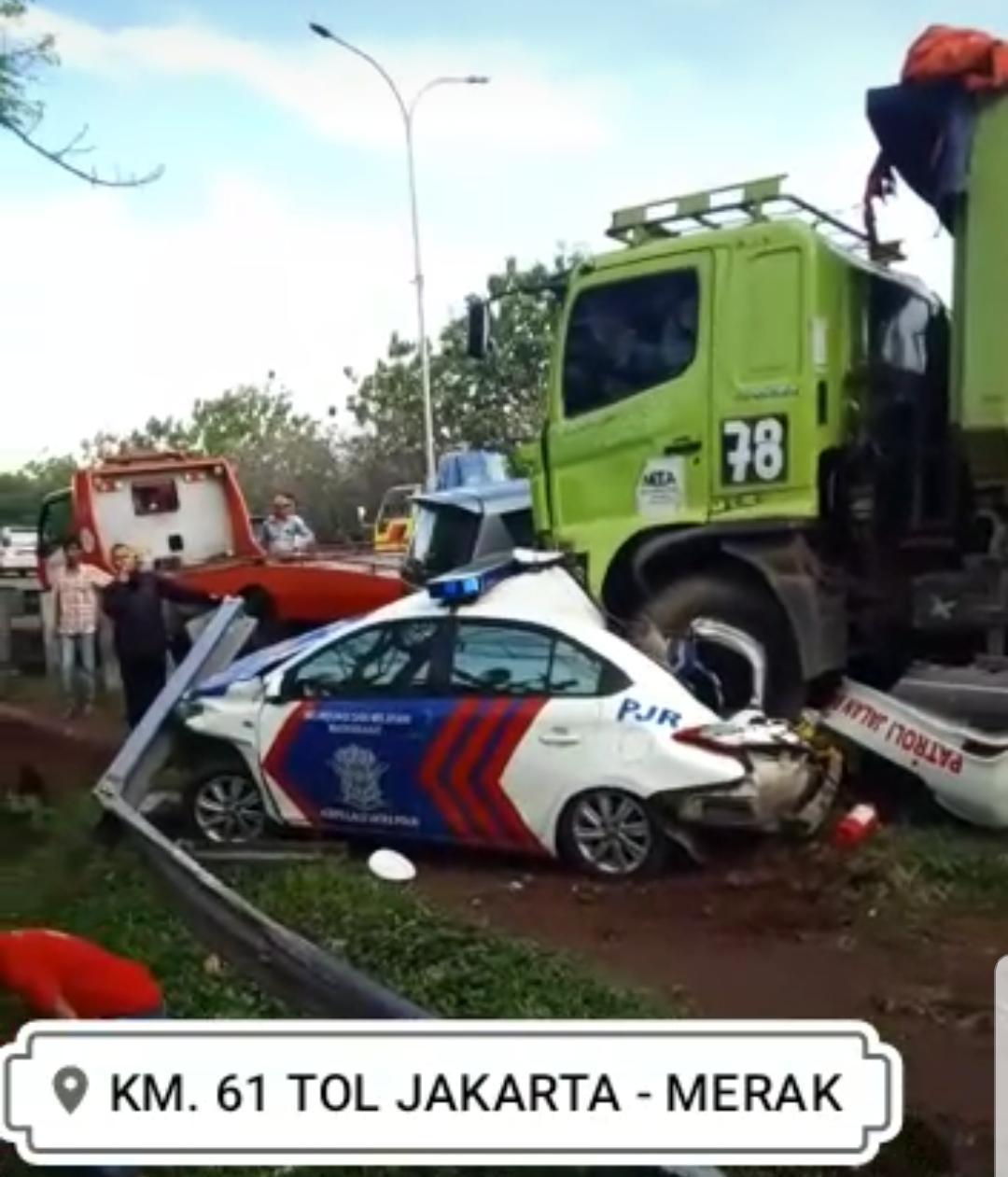 Diduga Mengantuk, Supir Dump Truk Akibatkan Laka Lantas di KM. 66 Tol Tangerang-Merak