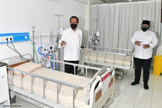 Survei LSI: Hampir 40 Persen Tak Puas Kinerja Jokowi Tangani Korona