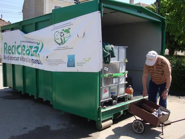 Prima campanie de colectare a deseurilor periculoase si a DEEEurilor - mai 2011 - DSC09516.JPG