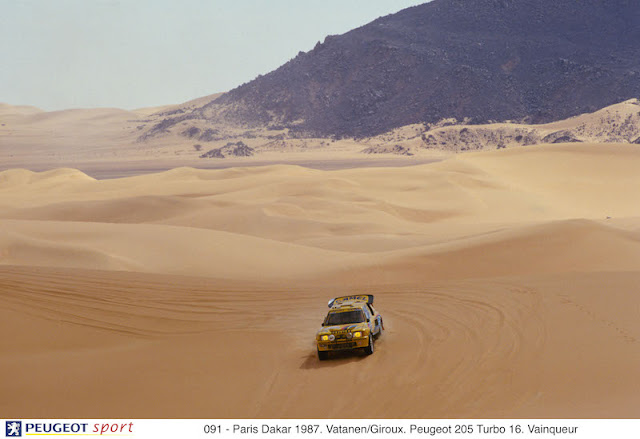 091 - Paris Dakar 1987. Vatanen/Giroux. Peugeot 205 Turbo 16. Vainqueur