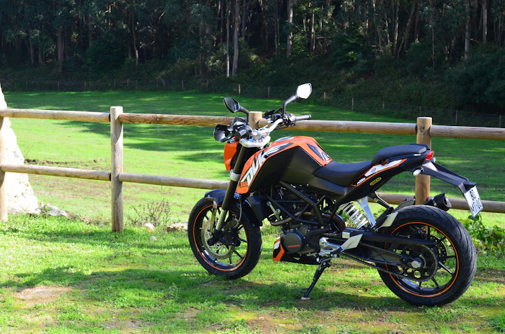 KTM DUKE 125 - Raphha DSC_0591