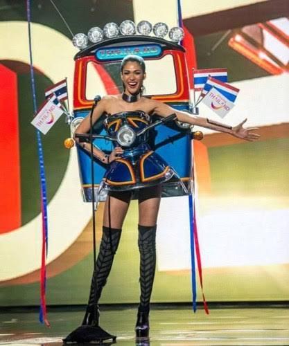 ชุด รถตุ๊กตุ๊ก คุณแนท Miss Universe Thailand 2015