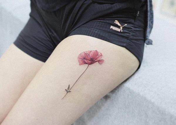 este_simples_aquarela_flor_da_tatuagem
