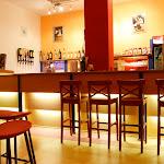 Bar u Velkého sálu v Paláci Charitas
