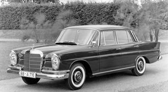 Mercedes 1960 220