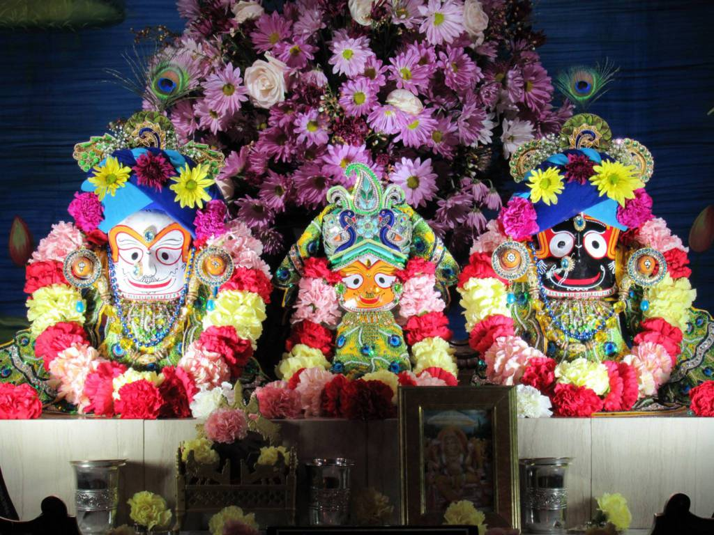 ISKCON Chicago Deity Darshan 11 Feb 2016 (4)