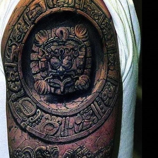 3d_maia_antiga_arte_da_tatuagem_no_braço