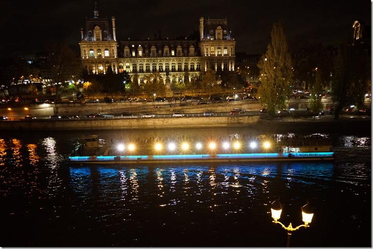 paris hotel de ville 112015 00000