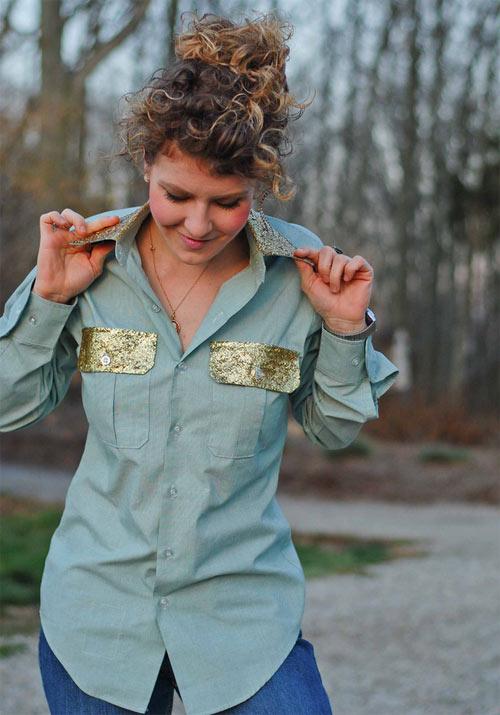 Camisa com gola e bolso com glitter