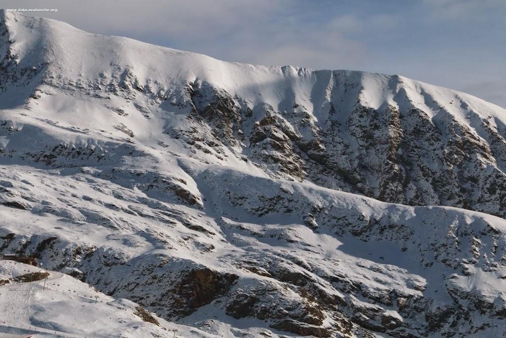 Avalanche Grandes Rousses, secteur Alpe d'Huez, secteur de la Combe Charbonnière - Photo 1