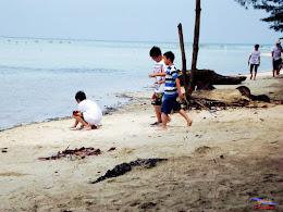 family trip pulau pari 140716 Fuji 017