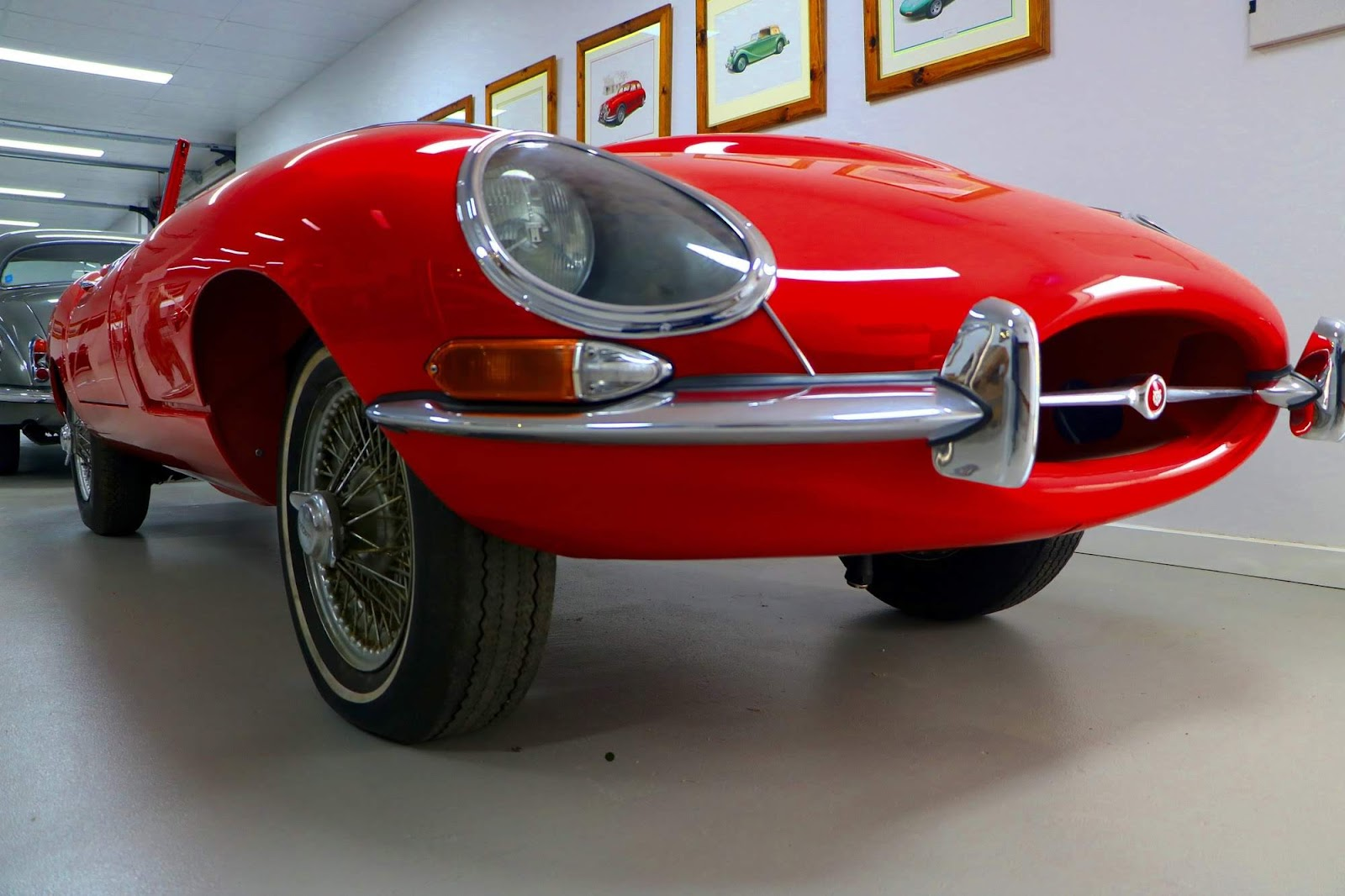 Carl_Lindner_Collection - Jaguar E-Type Series I - Under Restoration 05.jpg