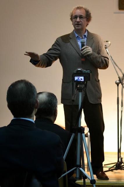 Conferinta Despre martiri cu Dan Puric, FTOUB 088