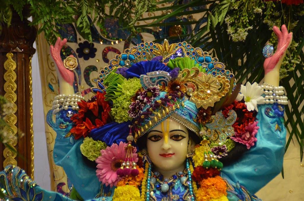 ISKCON Seattle Deity Darshan 11 Sep 2016 (15)