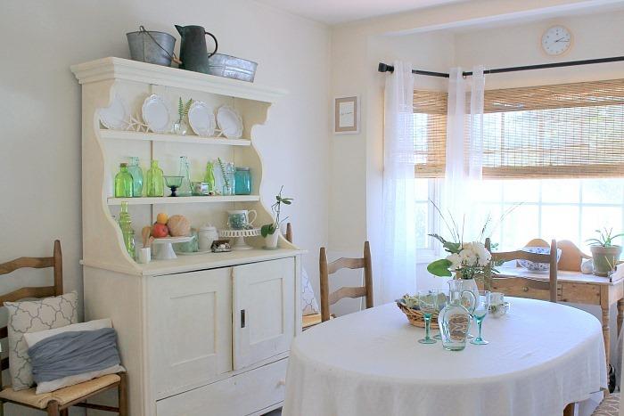 Green Glass Decor Coastal Dining Room