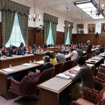 20180521決算委員会質問-04.jpg