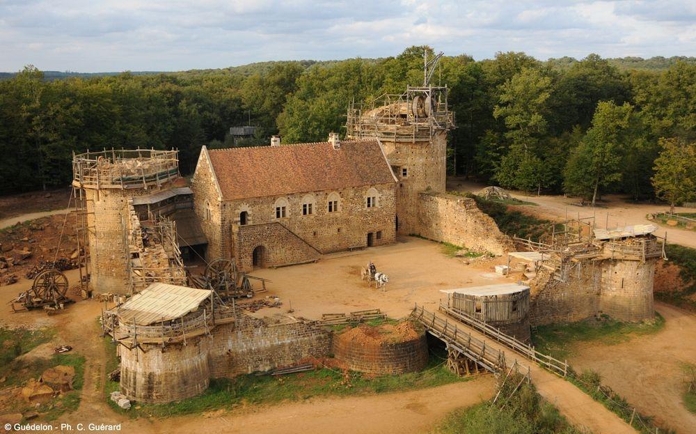 guedelon-castle-8