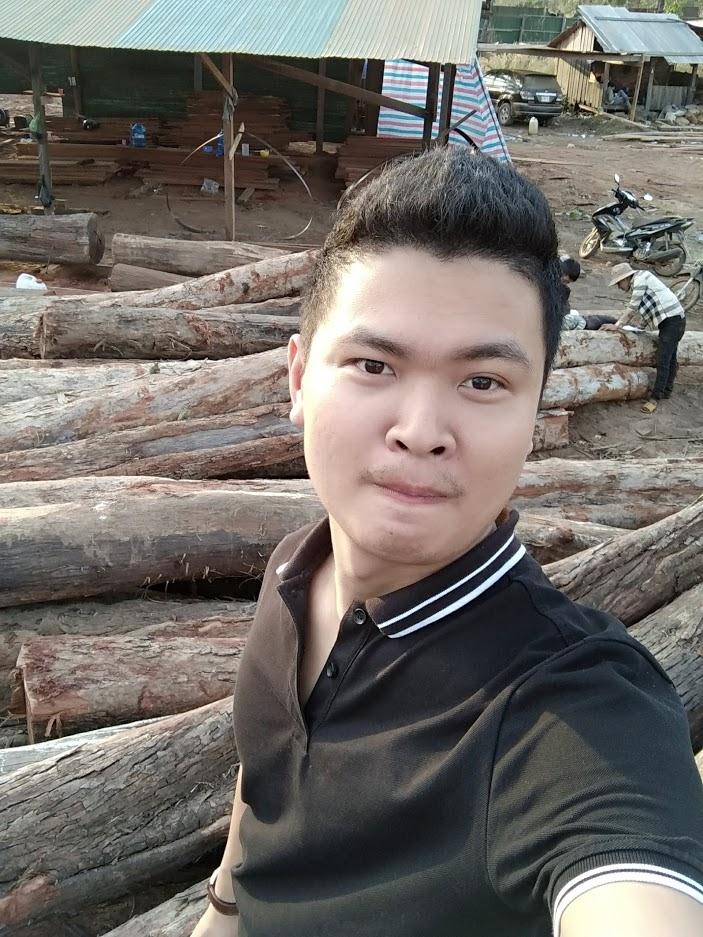 Ảnh hồi còn làm gỗ, cú ngã đớn đau nhất trong đời