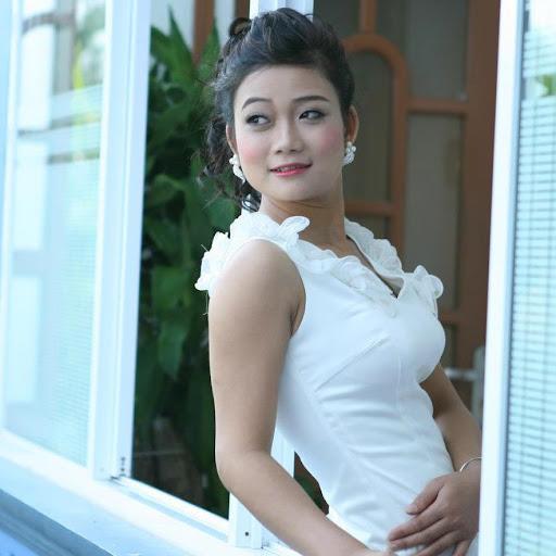 Ha Phuong Photo 23
