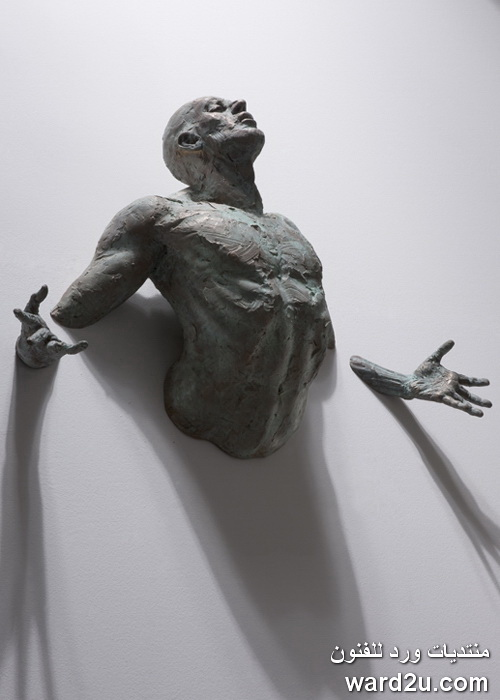 منحوتات تعبيريه رؤيه متلقى مع فكر الفنان Matteo Pugliese