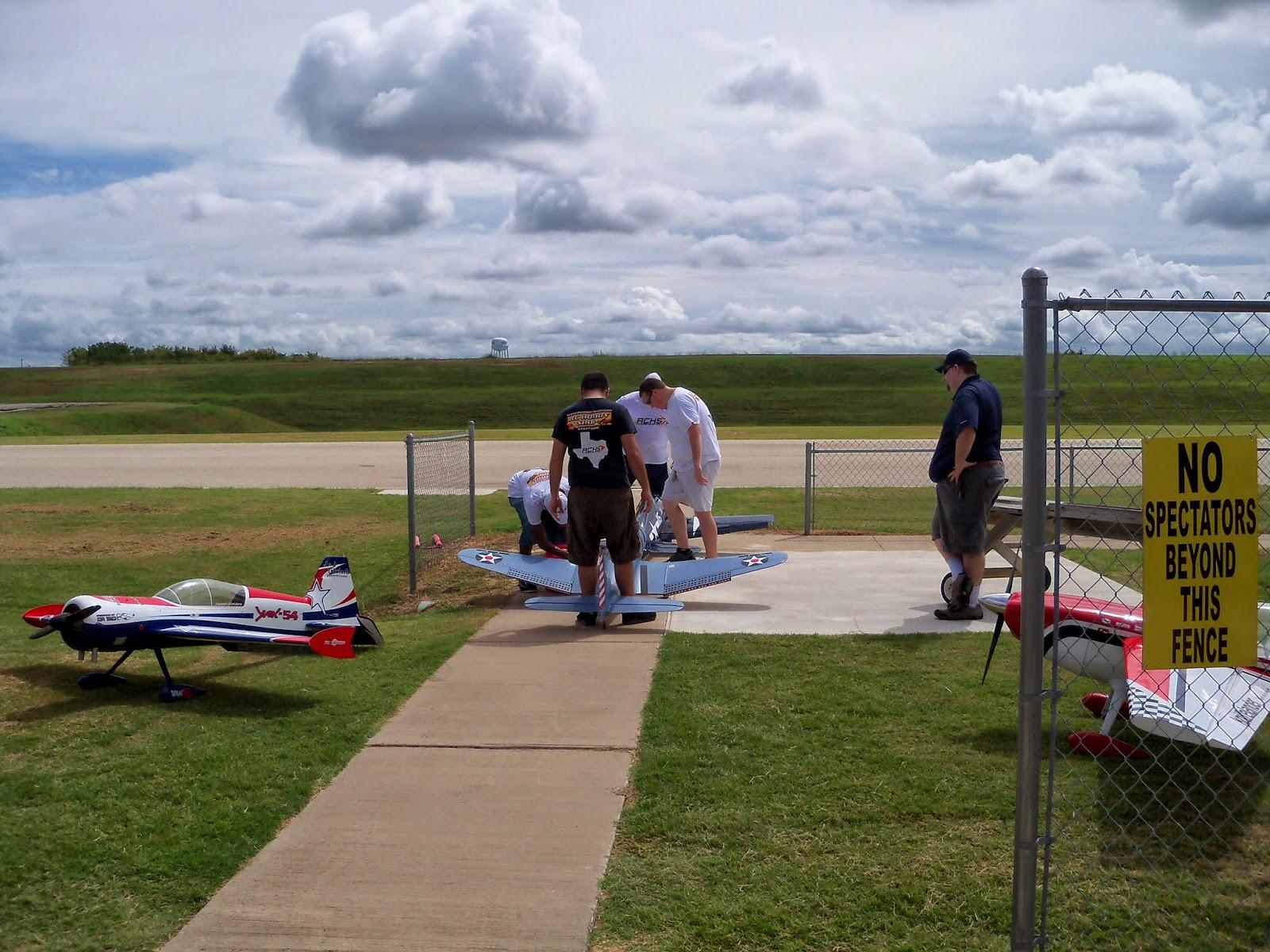 Fort Bend RC Club Air Show - 116_3748.JPG