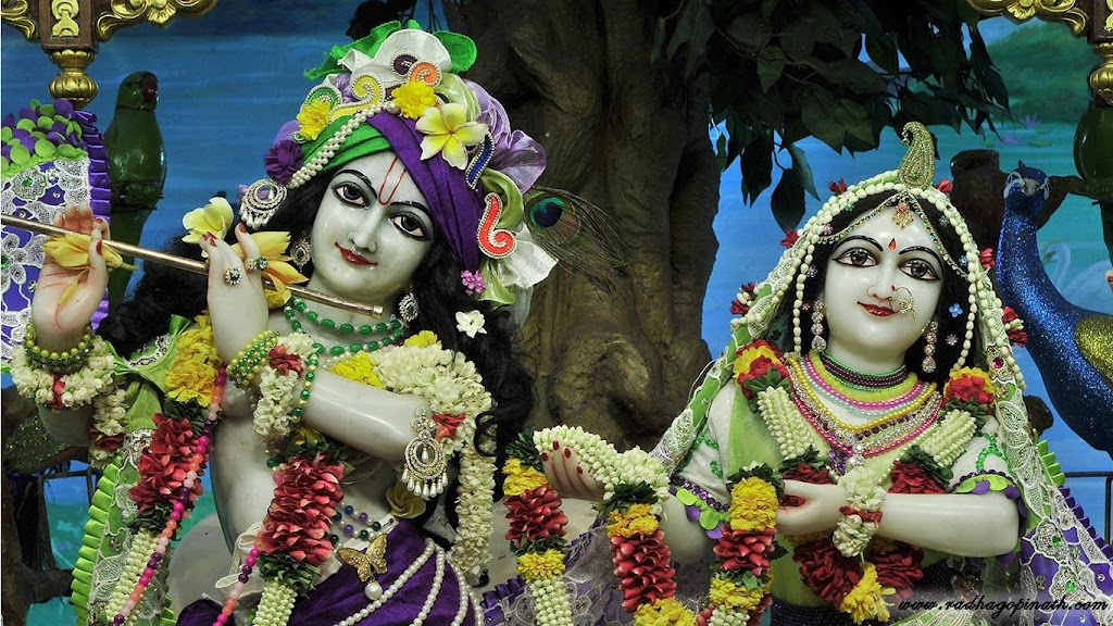 ISKCON Chowpatty Deity Darshan 08 April 2016 (21)