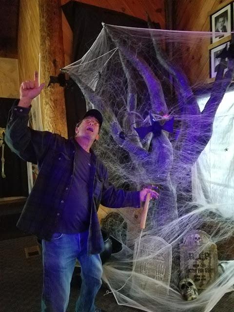 2017 Halloween/Oktoberfest - 20171021_115824_resized.jpg