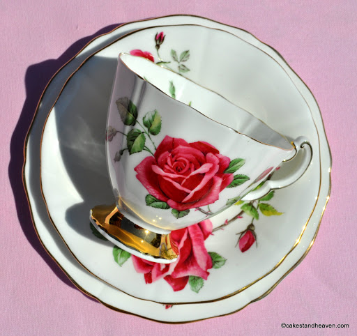 1960s Vintage China with a very pretty pink rose pattern