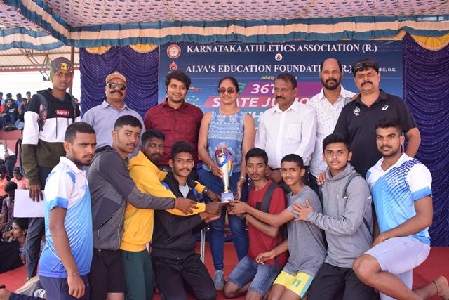 Alvas emerged as champion at sports meet | 36ನೇ ರಾಜ್ಯ ಜ್ಯೂ. ಅಥ್ಲೆಟಿಕ್ ಕ್ರೀಡಾಕೂಟ: ಆಳ್ವಾಸ್ ಸ್ಪೋರ್ಟ್ಸ್ ಕ್ಲಬ್ ಸಮಗ್ರ ಚಾಂಪಿಯನ್