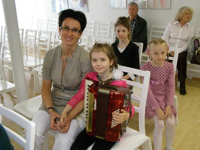 kontserdid   Ahtme linnaosa lasteaedade lastele  ja  gümnaasiumi algklasside õpilastele - P5210002.JPG
