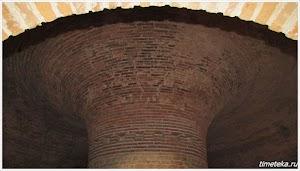 Купольный свод Фракийской гробницы.