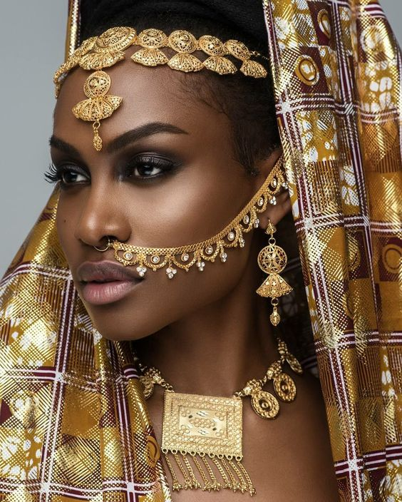 BEAUTIFUL HAIR ACCESSORIES LOOK FOR SOUTH AFRICAN WOMEN 12