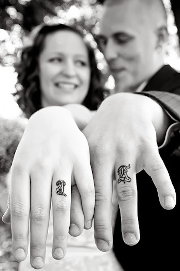 http://www.onewed.com/wedding-engagement-rings/blog/wedding-bands-that-last-forever