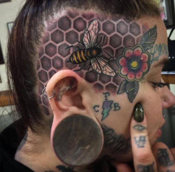 este_incrvel_tatuagem_de_caveira