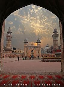 Cloudy Masjid Wazir Khan
