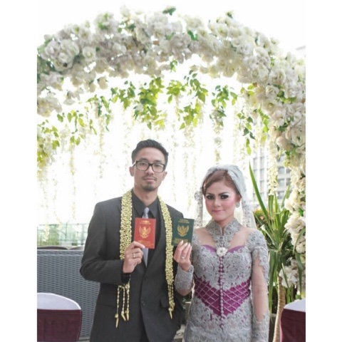 All About Wedding And Makeup KebayaBaju Pengantin Murah