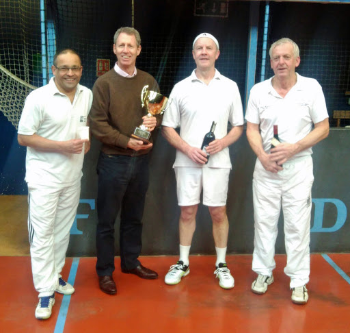 Kees & Duncan with cups, Charlie & Duncan with bottles, 20's Finalists