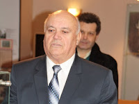 15  Balogh Gábor, a Csemadok Nagykürtösi Területi Választmányának elnöke újévi köszöntőt mond.jpg
