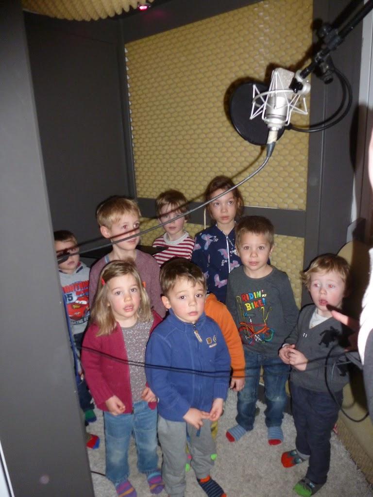 Leefgroep 1 op bezoek in een muziekkamer - P1080919.JPG
